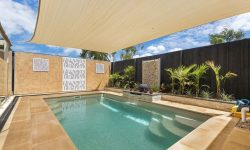 DIY POOLS MELBOURNE - FIBREGLASS POOLS - PHOTO - THE SAXBY - 4 M